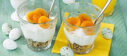 Anijs yoghurt in een glaasje