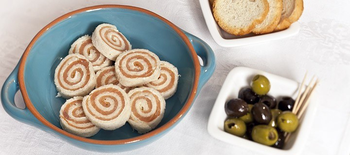 zalmrolletjes met brood