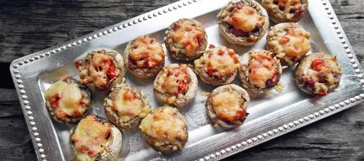 Gevulde champignons met salami