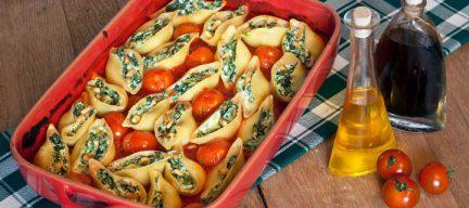 Pastaschelpen met spinazie