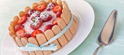 Aardbeiencharlotte
