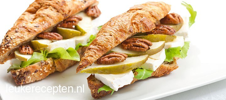 Croissants met brie