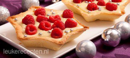 Witte chocolade dessert met frambozen