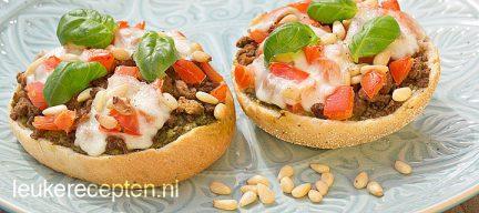 Italiaanse bol met vegetarisch gehakt