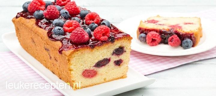 Cake met bosvruchten