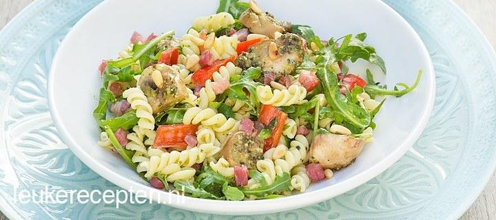 pasta salade met pesto