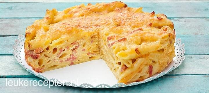 Pastataart met ham en kaas