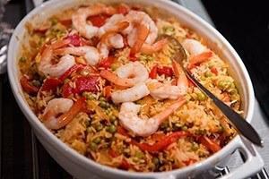 spaanse rijstschotel met garnalen 01