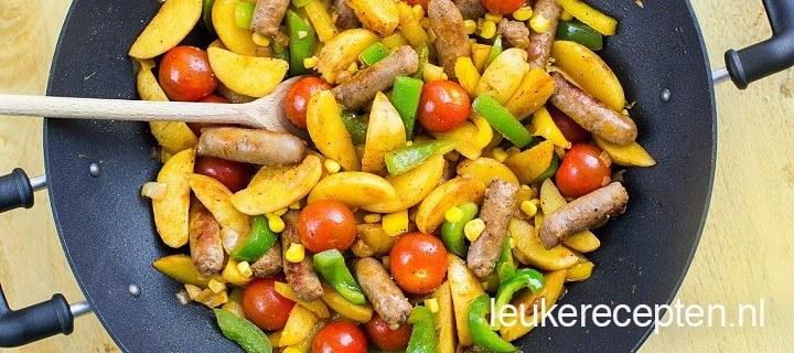 Aardappel roerbak met worst