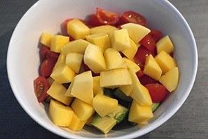 Mini sla met garnalen en mango 01