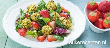 Salade met geitenkaasballetjes
