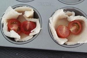 broodbakje met spek en tomaat 01