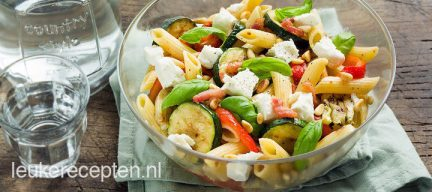 Pastasalade met gegrilde groente