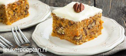 Carrot cake met pecannoten