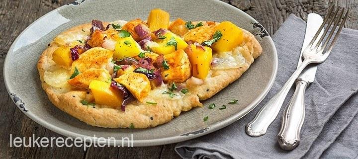 Naan pizza met kip tandoori