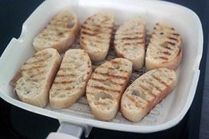 bruschettas met tomaten 01