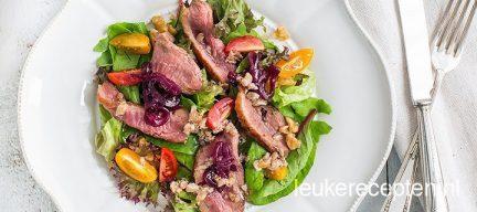 Salade met eendenborst en walnotendressing