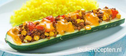 Budget recept: gevulde courgette met Mexicaans gehakt