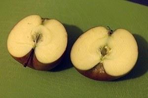 gevulde appel met noten en rozijen 01