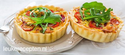 Mini quiche met tomaten