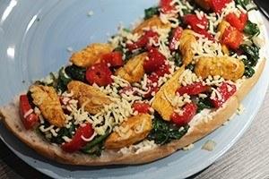 turksbrood met kip en spinazie 01