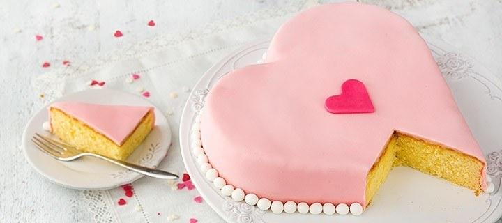 Valentijnstaart in de vorm van een hart