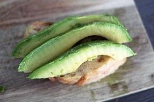Broodjes met avocado 01