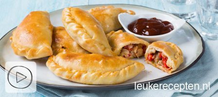 Video: empanadas met kip