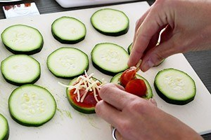 mini courgette pizzas 01