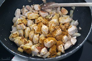 kipkerrie met aardappel 01