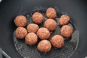 quinoa met spinazie en gehaktballetjes 01