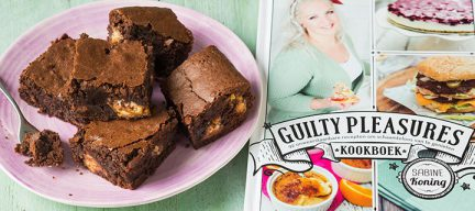 Snicker brownies recept + review Guilty Pleasures boek