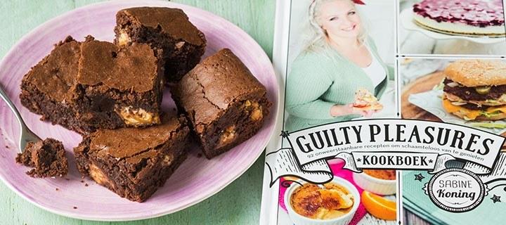 Review Guilty Pleasures boek + Snicker-brownies recept