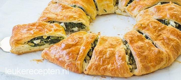Croissant krans met spinazie