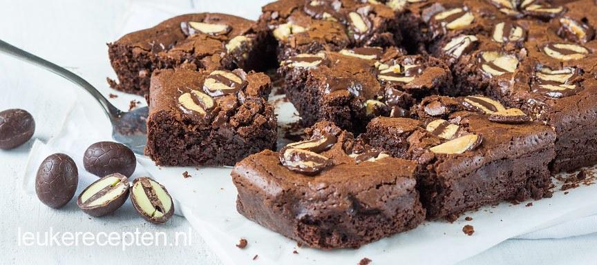 Brownie met paaseieren