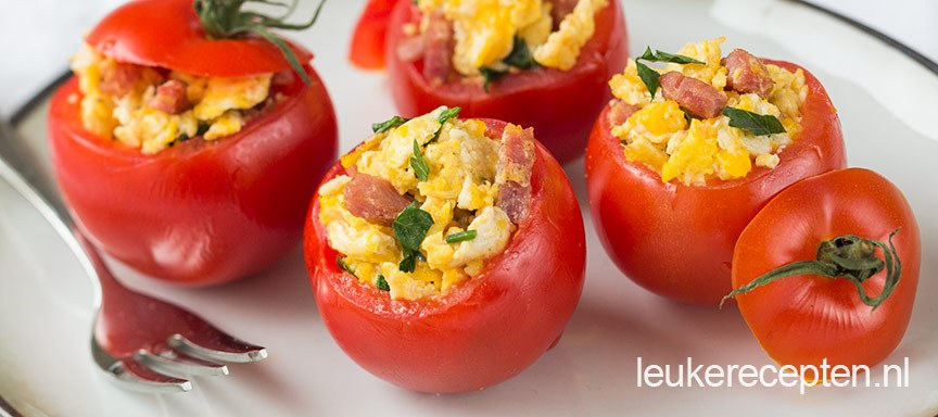 Gevulde tomaten met ei