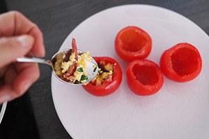 gevulde_tomaten_ei_03.jpg