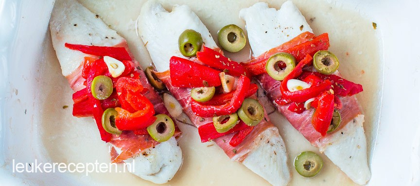 Spaanse vis met serranoham