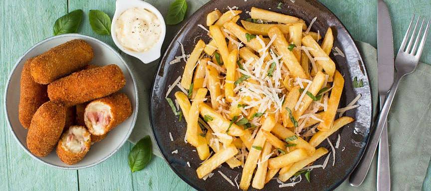Parmezaanse friet met parmaham kroketjes