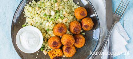 Couscous met wortelballetjes