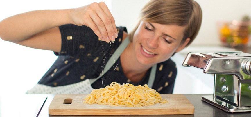Zelf pasta maken + recept pastadeeg