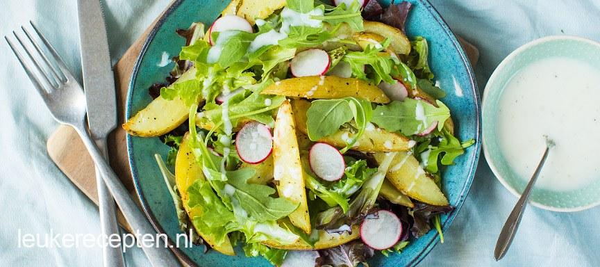 Salade met citroen aardappeltjes