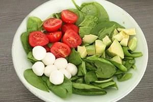 salade_caprese_bowl_02.jpg