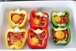 paprika-met-ei-uit-de-oven_03.jpg