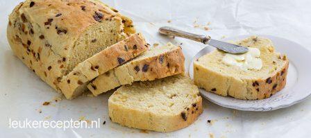 Aardappelbrood met ui en tijm