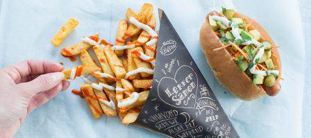 Hotdogs met chili knoflook frieten uit de Airfryer