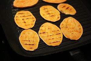 groentenburger_zoete_aardappel_01.jpg