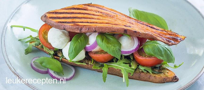 Zoete aardappel sandwich caprese