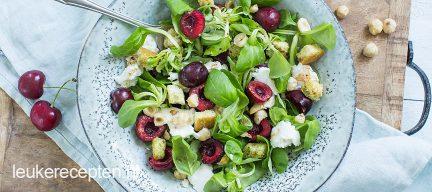 Salade met kersen en mozzarella