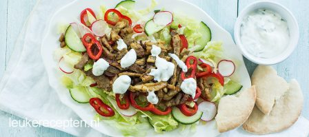 Shoarma salade met muntsaus